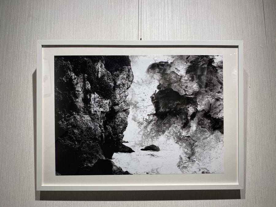 黃瑞慶「墨攝」詮釋華夏墨色美學 時間維度藏於濃淡之間